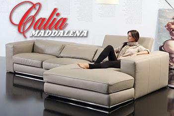 Salotti E Divani Moderni.Divani In Pelle Salotti Moderni E Angolari Calia Maddalena